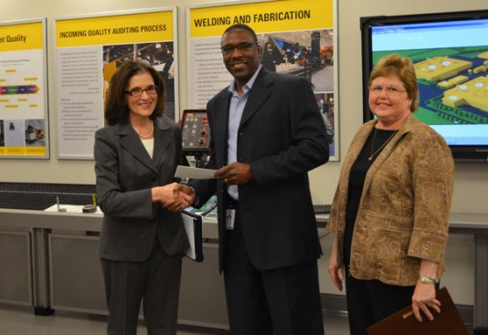 Caterpillar Foundation donates $153,000 to AU STEM initiative
