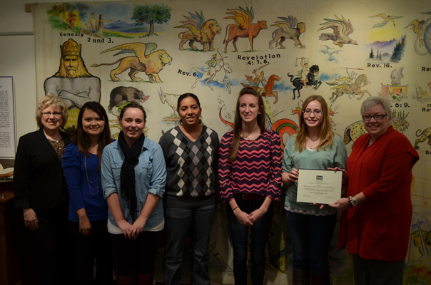 AU students receive award of excellence
